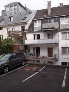 Balkone & Vorgärten